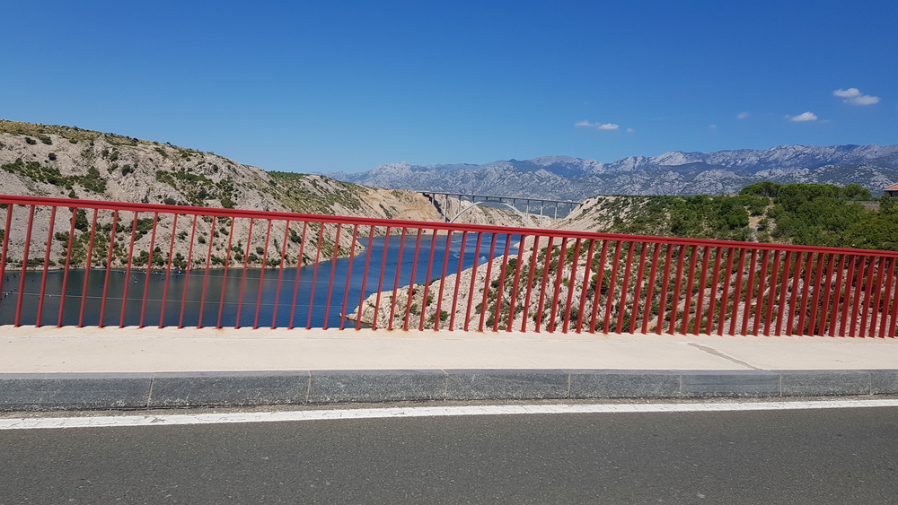 Maslenički most