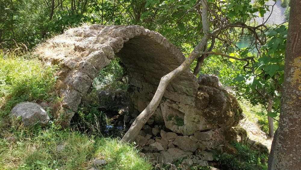 Ostatci mlina kraj Kudina mosta?