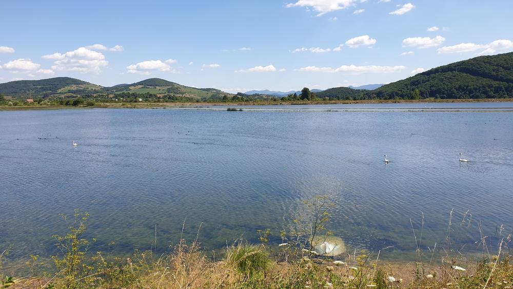 Gusić jezero