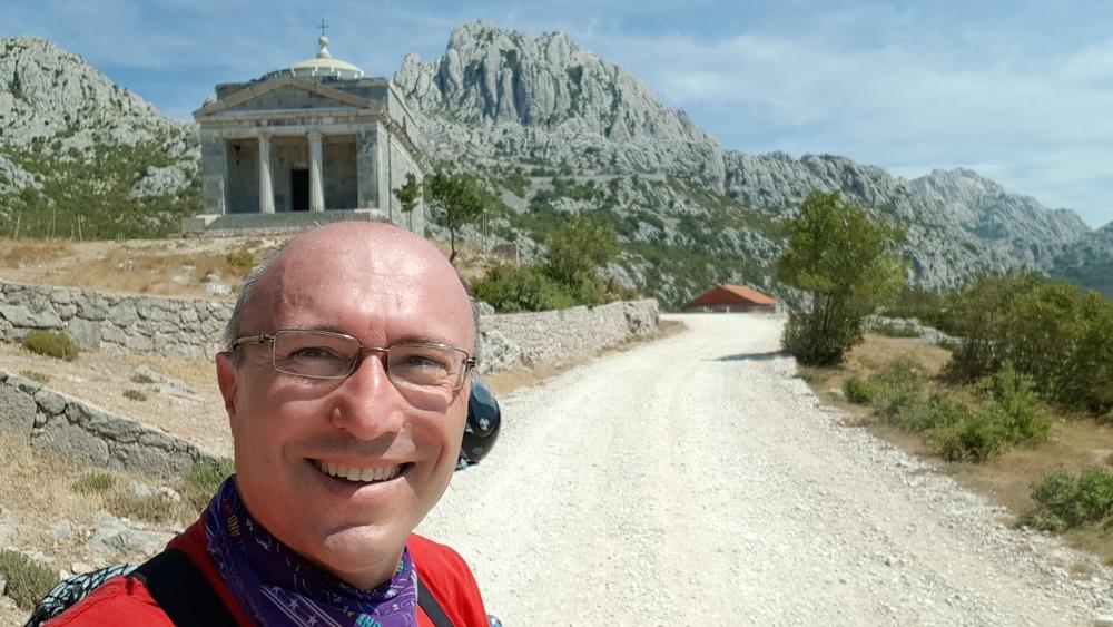 I jedan selfie sa crkvicom Sv. Frane i Tulovim gredama u pozadini.